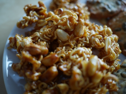 Chow Mein Noodle Cookies