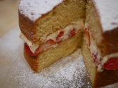 Strawberry and cream sponge